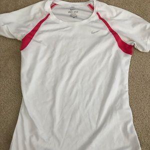 Women's Nike dry fit t shirt thin running size S